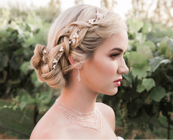 https://affordableelegancebridal.com/floral-vine-wedding-hair-vine-envogue-hj1940/