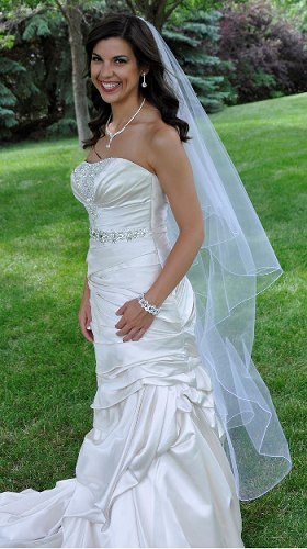 waltz-length-wedding-veil-jl-johnson-bridal-80.png